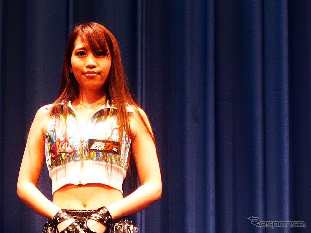 『新劇場版「頭文字D」Legend2-闘走-』(3部作第2弾)にあわせたトークショー(東京、5月20日)に登場した女子カート部(JKB)《撮影 大野雅人(Gazin Airlines)》