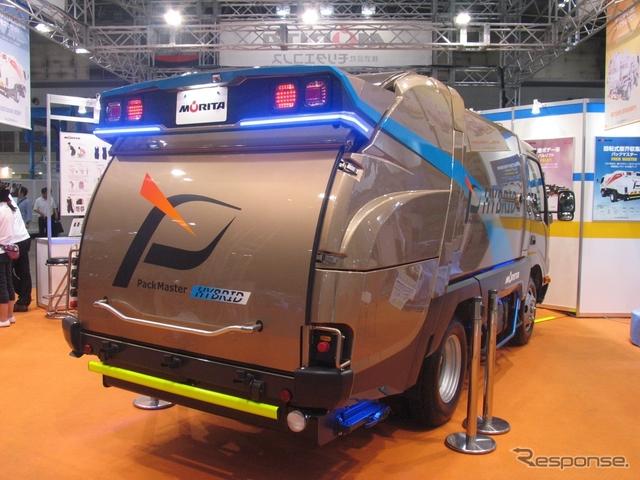 モリタの回転式電動塵芥収集車Eセブン