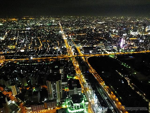 大阪市内の夜《撮影 大野雅人(Gazin Airlines)》