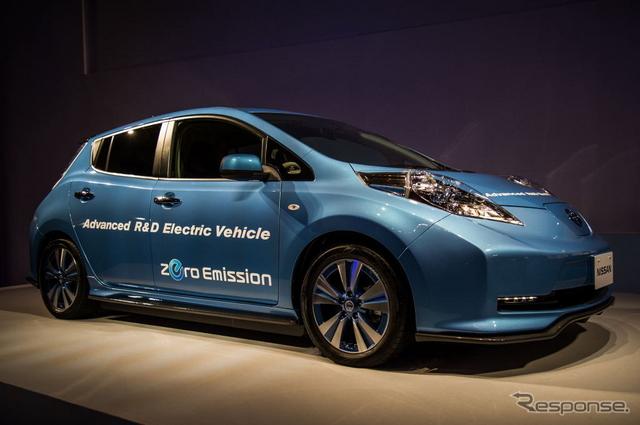 ガソリン車と同等の航続距離を実現したという電気自動車のプロトタイプ《提供 日産自動車》