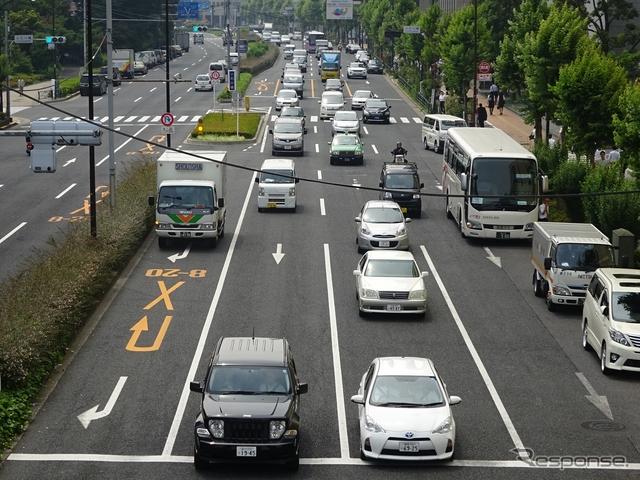自動車保有台数は3年連続で最多更新中(東京都文京区)《撮影 池原照雄》