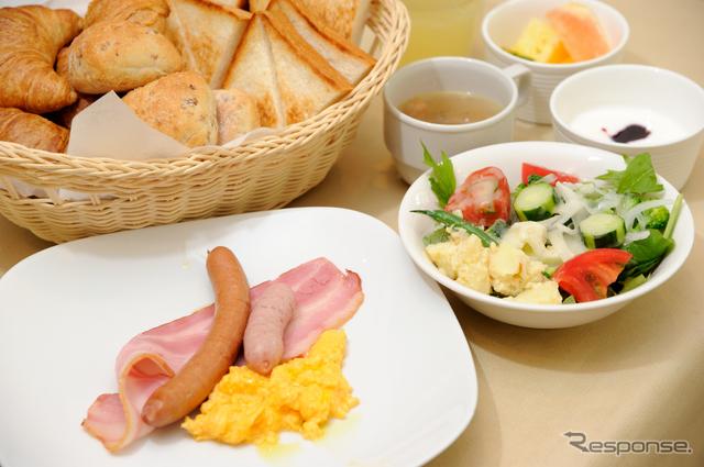 フォレストヒルズ那須の朝食《撮影 雪岡直樹》
