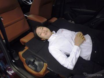 【ホンダ シャトル 発売】車中泊性能…最大177cmのフロアに身長188cmの人が寝られる秘密