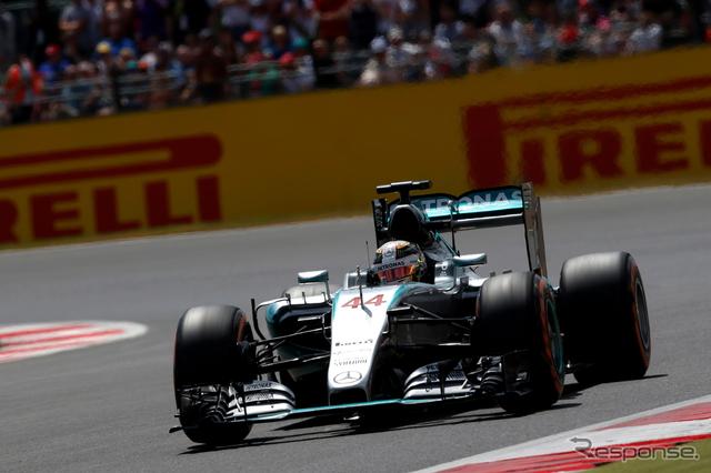 母国GPで見事ポールポジションを獲得したハミルトン《画像 Getty Images》