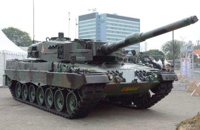 インドネシア陸軍の「レオパルドII A4」《撮影 古庄速人》
