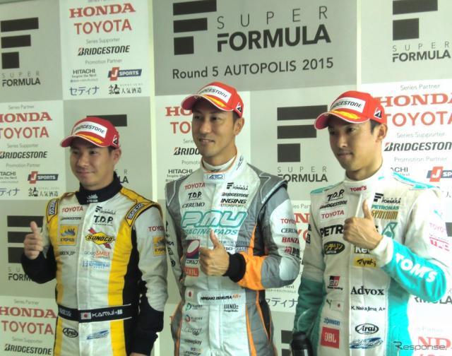 左から予選2位の小林可夢偉、ポールの石浦宏明、3位の中嶋一貴。《撮影 遠藤俊幸》