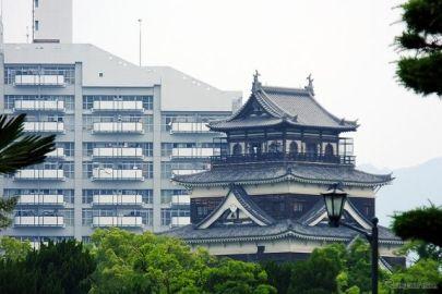 カープ優勝に向けわく広島…JR・広電・マツダ・空港・バス、各社の祝賀企画