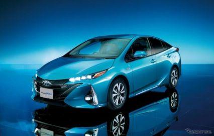 【トヨタ プリウスPHV 新型】EV走行距離を68.2kmに拡大…326万1600円より