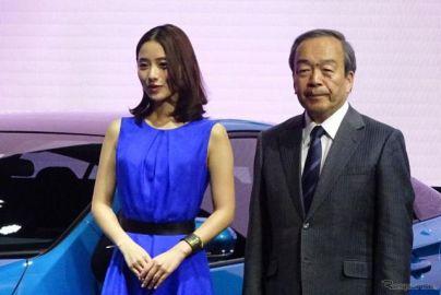 【トヨタ プリウスPHV 新型】内山田会長「これからのエコカーの大本命でありカナメ」