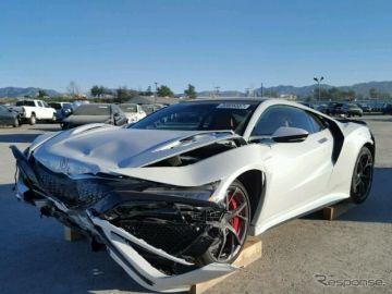 ホンダ NSX 新型、事故車がオークションに出品中…米国