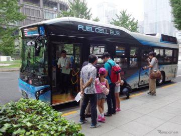 FCバスに乗って親子でカレーを作る…東京都、2020年までに70台導入計画