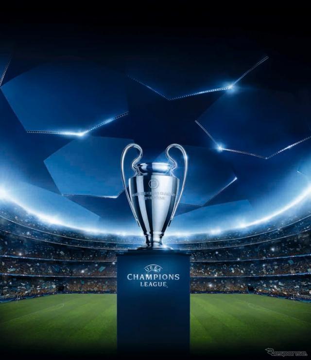 UEFAチャンピオンズリーグ トロフィ展示