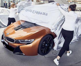 BMWが i8 ロードスター納車開始、最初の18台はオーナーズクラブ会員へ