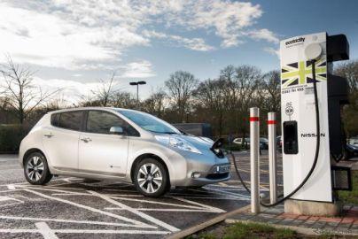 日本・中国で電動車両の超急速充電規格を共同開発で合意 2020年に900kW