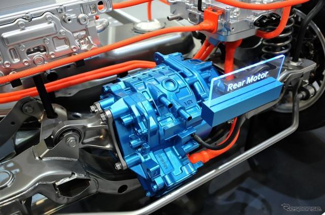 EVS31 三菱自動車ブース。新型アウトランダーPHEVのリアモーター
