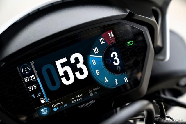 トライアンフ スピードトリプルRS GoPro コントロール