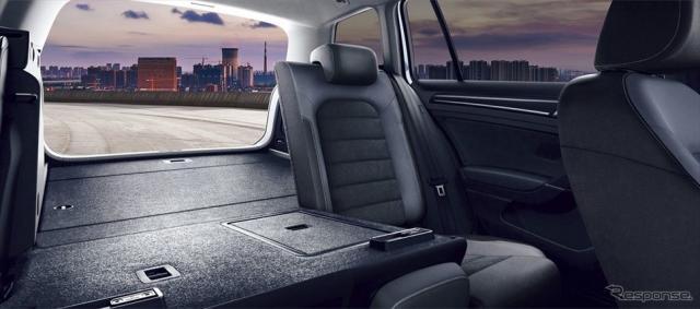 VW ゴルフ ヴァリアント TSI テックエディション ラゲージルーム