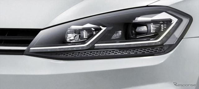 VW ゴルフ TSI テックエディション VW ゴルフ ヴァリアント TSI テックエディション(ホワイトシルバーメタリック)