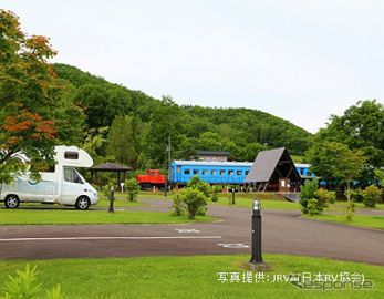 車中泊の経験者は9割以上、環境向上のカギは施設増加とルール明確化 日本RV協会調べ