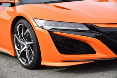 ホンダ NSX 改良新型、コンチネンタル スポーツコンタクト6 を新車装着