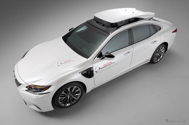 トヨタの新型自動運転実験車 TRI-P4