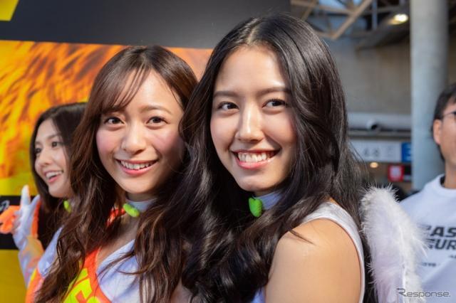 農海姫夏さんと、チャナナ沙梨奈さん。チャナナさんはレースクイーン大賞でヤングマガジンMFゴースト賞に選ばれ、オートサロン二日目に加入が発表になった。《撮影 土屋勇人》