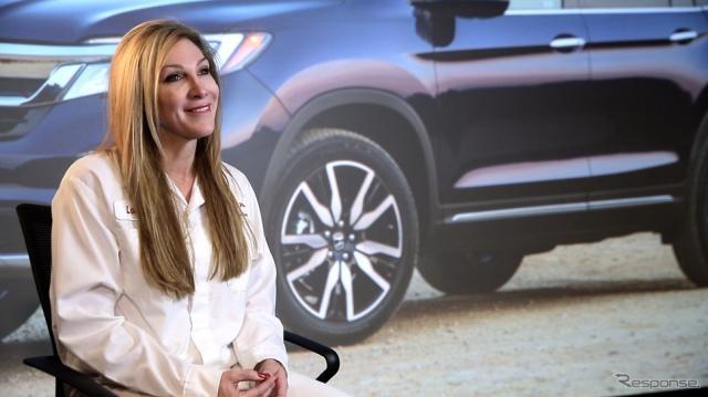 女性として初めて米ホンダの新型車開発リーダーになったララ・ハリントンさん