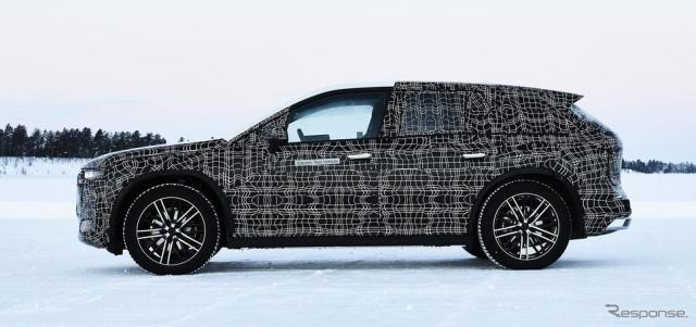 BMW iNEXT のプロトタイプ車