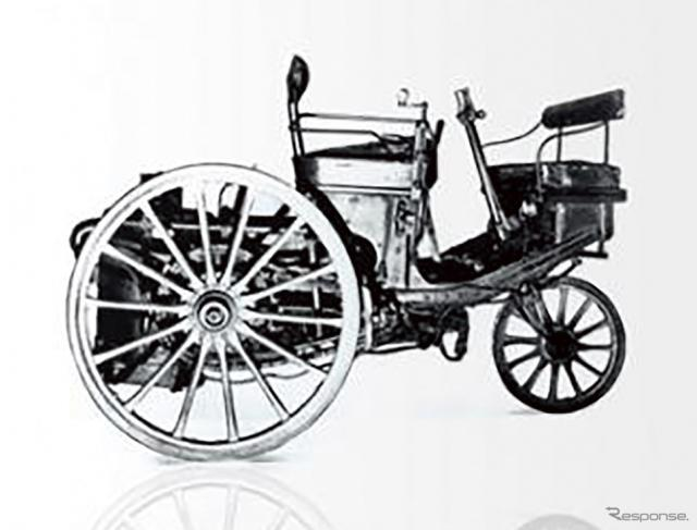 1890年に誕生したプジョーの第一号車。蒸気を動力とする三輪車だった。《写真 ADIVA》