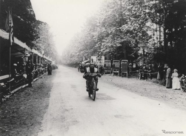 1914年に当時の世界最高速記録を樹立したプジョー《写真 ADIVA》