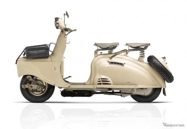 1953年に登場したプジョー初のスクーター「S55」。クルマのプジョー「203」を想起させるボディが特徴《写真 ADIVA》