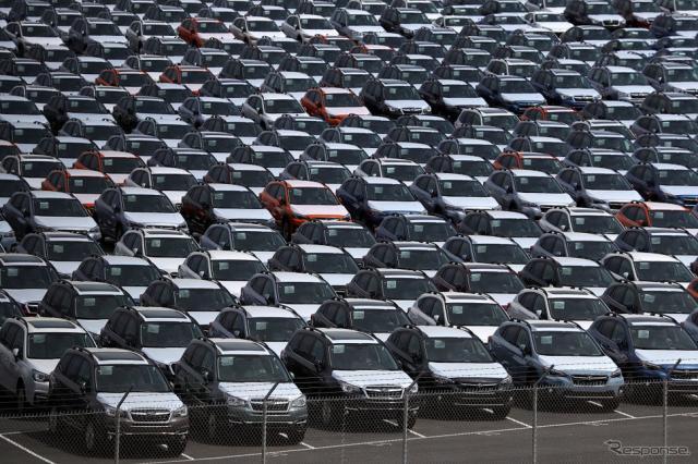 カリフォルニアの港の新車 (c) Getty Images