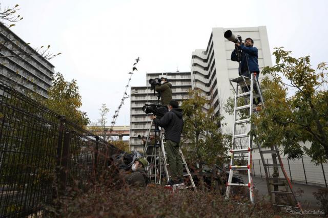 東京拘置所の報道陣(3月6日) (c) Getty Images