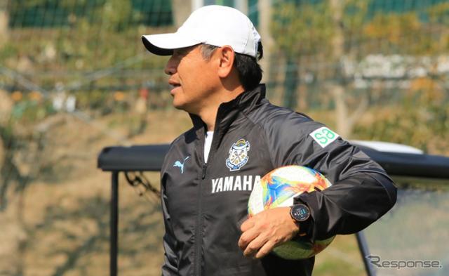 「Revエクササイズ」にはジュビロ磐田のフィジカルコーチ菅野淳氏が制作に携わる。