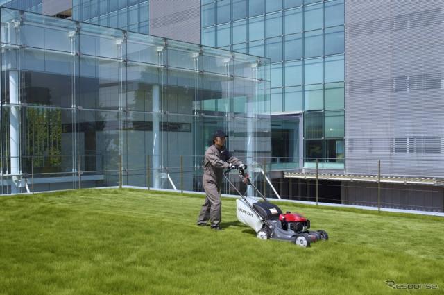 ホンダの歩行型芝刈機、HRX537