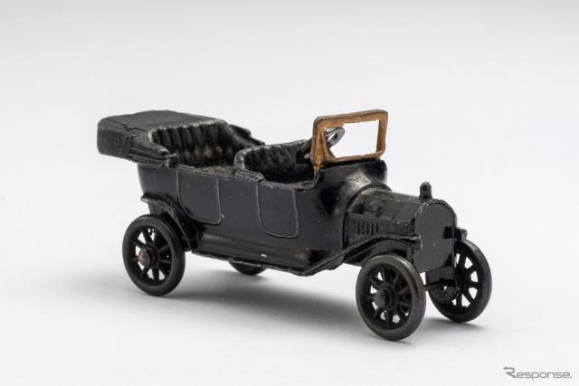 世界初のダイキャストミニチュアカー フォードモデルT(1914・米)