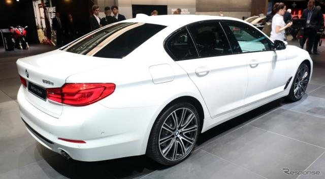 BMW 530e セダン(ジュネーブモーターショー2019)