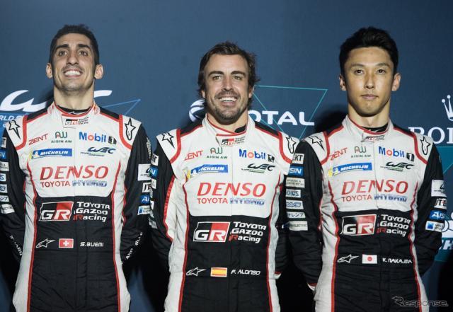 優勝した8号車のクルーたち。左からブエミ、アロンソ、中嶋一貴。《写真提供 TOYOTA》