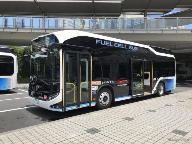 東京都交通局で運行中のトヨタ燃料電池バス《撮影 高木啓》