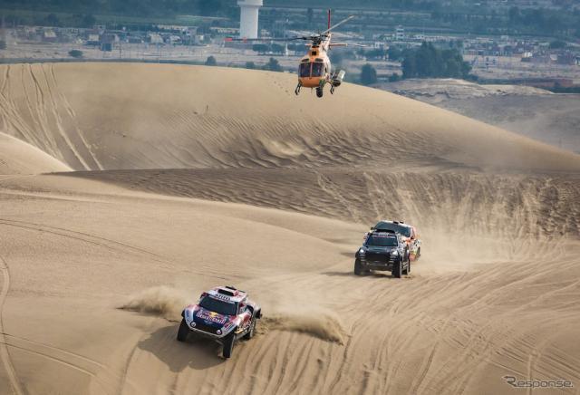 南米のペルーで開催された2019年ダカールラリーの模様。《写真提供 Red Bull》
