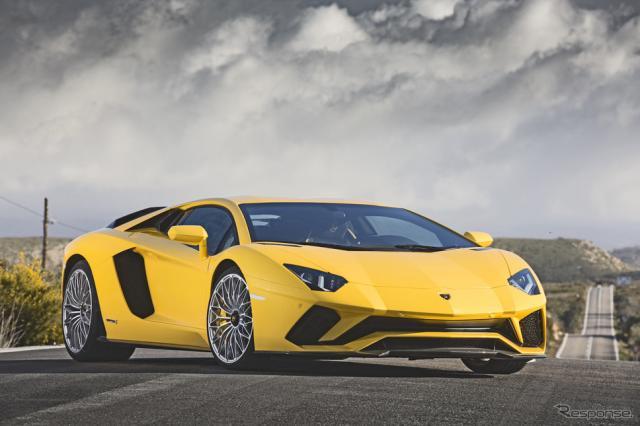 ランボルギーニ・アヴェンタドール《photo by Lamborghini》