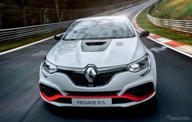 新型ルノー・メガーヌ R.S.トロフィーR《photo by Renault》