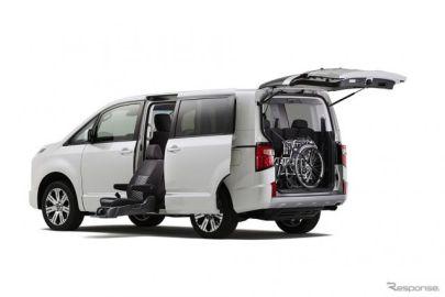 【三菱 デリカD:5 新型】福祉車両「サイドムービングシート仕様車」を設定