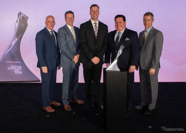 左からJim Danahy氏(GM社)、Tom McMillen氏(GM社)、Brent Morgulec氏(BATO)、Fred Cusimano氏(BATO)、Greg Warden氏(GM社)《写真 ブリヂストン》