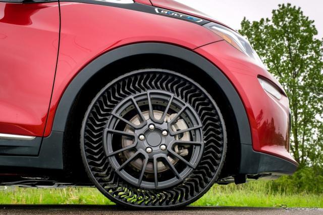 GMとミシュランが共同開発した次世代エアレスタイヤのプロトタイプ《photo by GM》