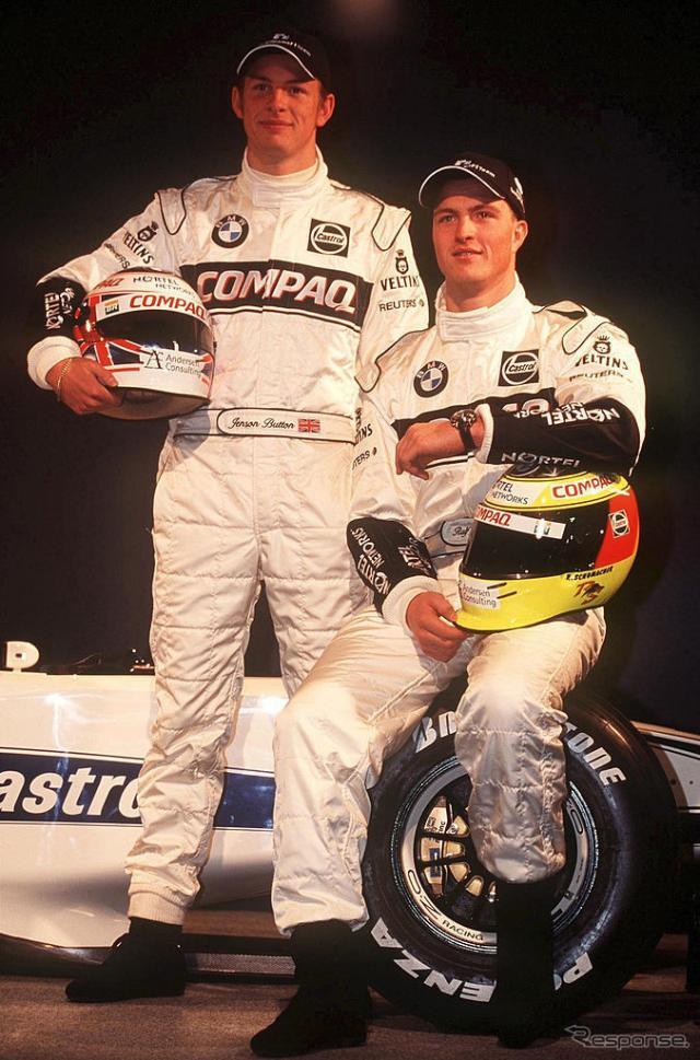 2000年、BMWウィリアムズからF1デビュー(向かって左)。チームメイトはラルフ・シューマッハ。《photo by Getty Images》