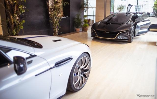 アストンマーティン初の電動車に特化したイベント「電動車の未来」に出展されたラゴンダ・ビジョン・コンセプトとラピードE《photo by Aston Martin》