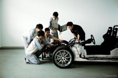 GLM×ユニバンス、2段変速搭載の4WD EV試験車両初公開へ…人とくるまのテクノロジー2019名古屋