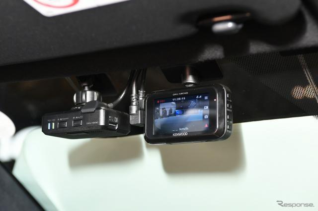 ドライブレコーダーなどに使われるSDカードには寿命がある。(写真はJVCケンウッドの製品)《画像 安藤貴史》
