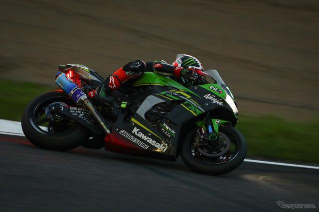 優勝したNo.10 Kawasaki Racing Team《Photo:Kazuhisa Masuda/撮影 益田和久》